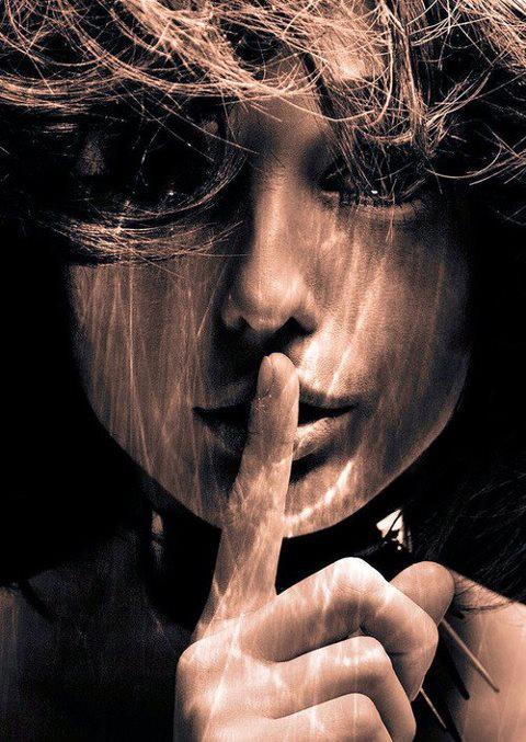 Silencie el lenguaje negativo para reprogramar el inconsciente