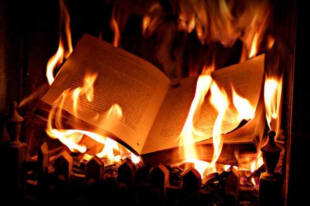 Según Paracelso, el verdadero aprendizaje no está en los libros