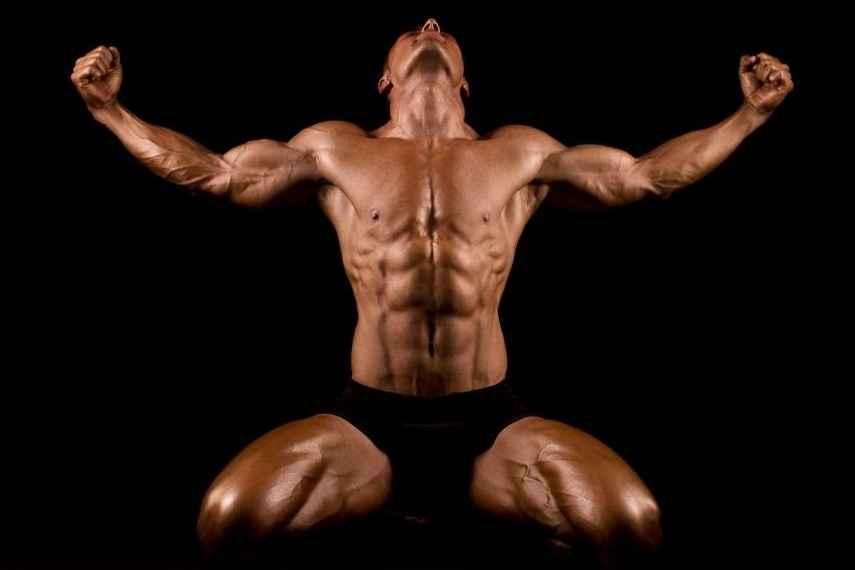 Beneficios del entrenamiento de la fuerza sobre las hormonas anabólicas